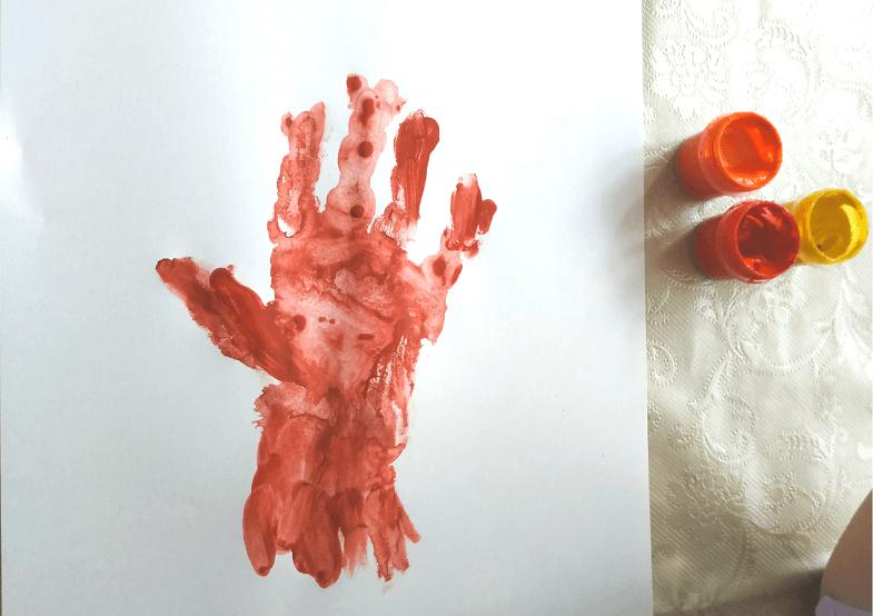 отпечаток руки дерево 1