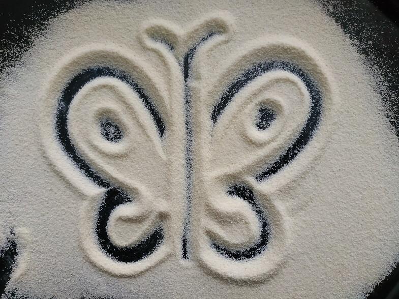рисование на манке бабочка