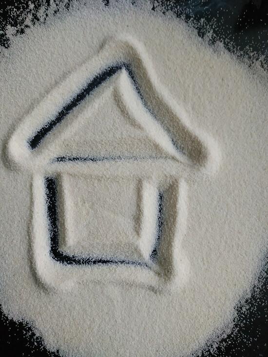 рисование на манке домик