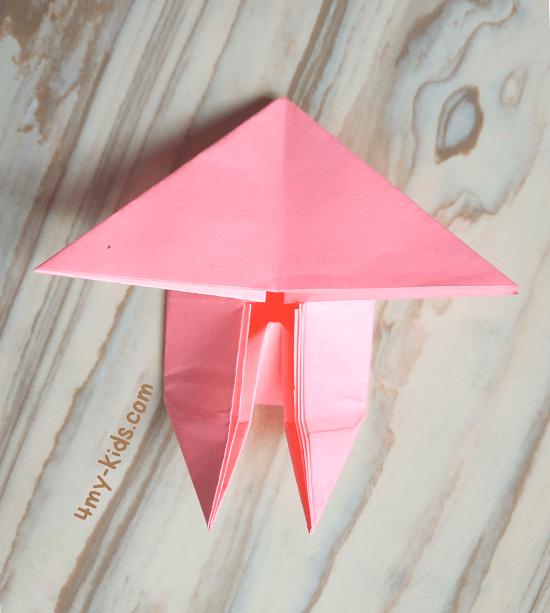 Лягушка из бумаги шаг 12